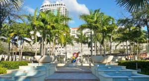 800px-Shops_at_Midtown_Miami_brito_20110216